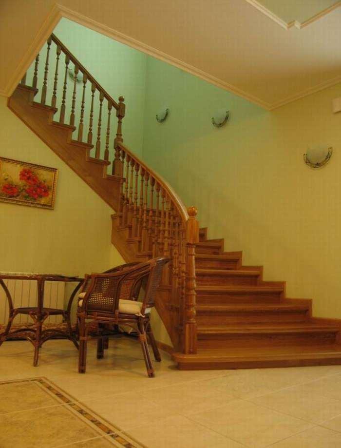Фото лестниц на второй этаж в частном доме 2 фотография